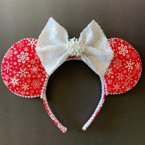 Snowflake Christmas Minnie ears, holiday ears